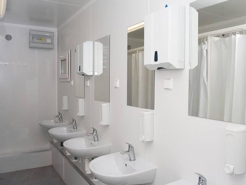 kontener prysznicowy 2